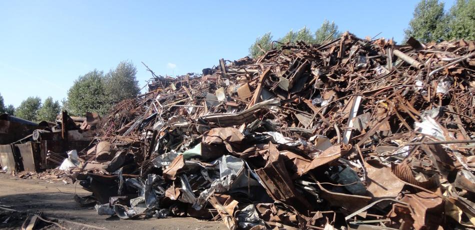 сдать металлолом с вывозом в Чурилково